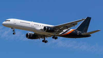 A picture of GZAPX - Boeing 757256 - Titan Airways - © Evan Dougherty