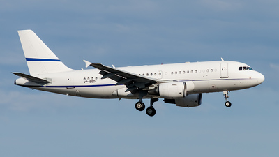 VP-BED - Airbus A319-115X(CJ) - Hong Kong Jet