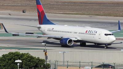 N399DA - Boeing 737-832 - Delta Air Lines