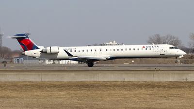 A picture of N304PQ - Mitsubishi CRJ900LR - Delta Air Lines - © Jeremy D. Dando