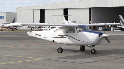 VH-MDG - Cessna 210L Centurion - Private