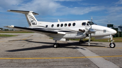 ZS-NBJ - Beechcraft B200 Super King Air - Private