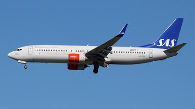 LN-RGA - Boeing 737-86N - Scandinavian Airlines (SAS)