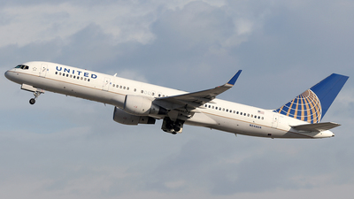 N546UA - Boeing 757-222 - United Airlines