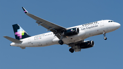 A picture of XAVLN - Airbus A320233 - Volaris - © Roberto Tirado