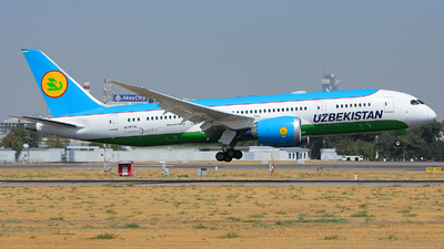 UK78706 - Boeing 787-8 Dreamliner - Uzbekistan Airways