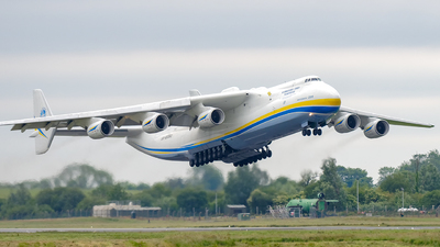 A picture of UR82060 - Antonov An225 Mriya - Antonov Design Bureau - © Kris Lichota