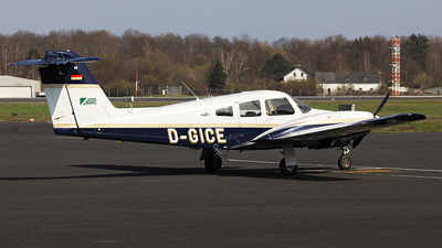 D-GICE - Piper PA-44-180 Seminole - RWL - German Flight Academy
