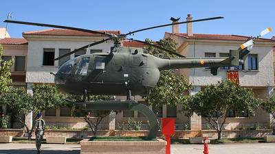 HR.15-32 - MBB Bo105CB - Spain - Army