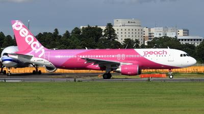 JA828P - Airbus A320-214 - Peach Aviation