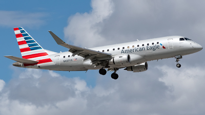 N437YX - Embraer 170-200LR - American Eagle (Republic Airways)