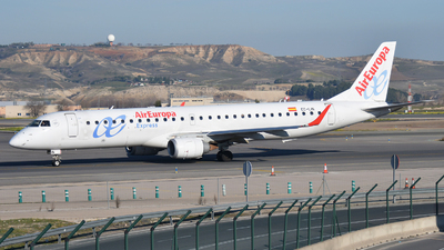 A picture of ECLIN - Embraer E195LR - Air Europa - © Jens Brokuf