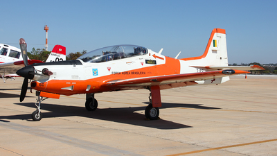 FAB1360 - Embraer T-27 Tucano - Brazil - Air Force