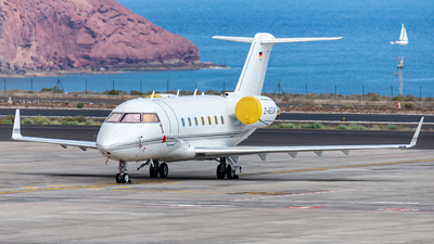 D-AEUK - Bombardier CL-600-2B16 Challenger 604 - Challenge Air
