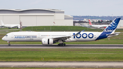 A picture of FWMIL - Airbus A3501041 - Airbus - © OlivierHoarau