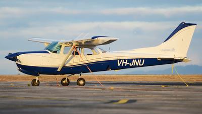 A picture of VHJNU - Cessna 172RG Cutlass RG - [172RG0956] - © George Canciani