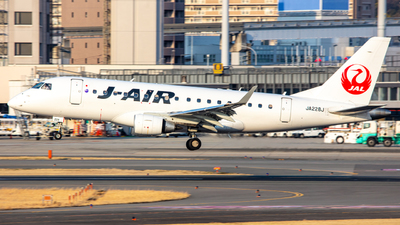 JA228J - Embraer 170-100STD - J-Air
