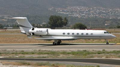M-IPHS - Gulfstream G550 - Island Air