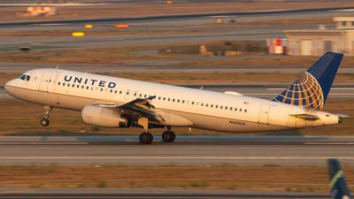 N445UA - Airbus A320-232 - United Airlines