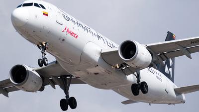 A picture of N688TA - Airbus A320214 - Avianca - © Esteban Cristancho