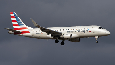 A picture of N416YX - Embraer E175LR - American Airlines - © Jose R. Ortiz