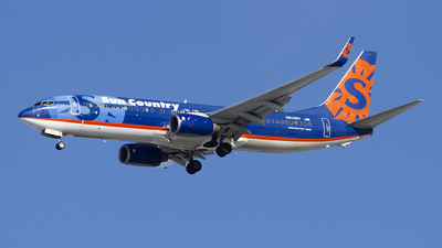 A picture of N814SY - Boeing 7378BK - Sun Country Airlines - © Jeremy D. Dando