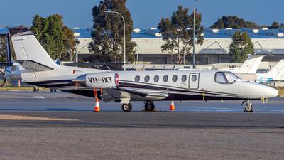 VH-IXT - Cessna 560 Citation Ultra - Private