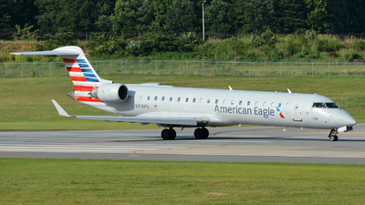 N719PS - Bombardier CRJ-701 - American Eagle (PSA Airlines)