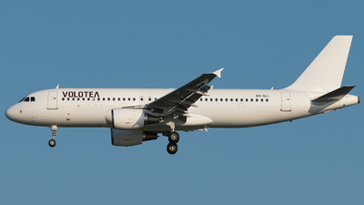 9H-SLI - Airbus A320-214 - Volotea