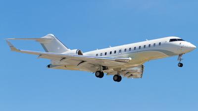 C-GJET - Bombardier BD-700-1A11 Global 5000 - Private