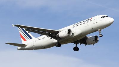 F-HBNI - Airbus A320-214 - Air France