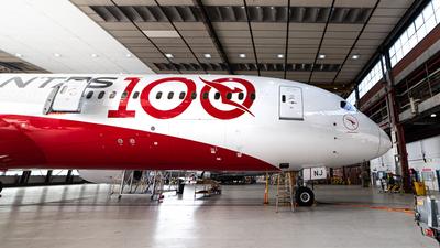VH-ZNJ - Boeing 787-9 Dreamliner - Qantas