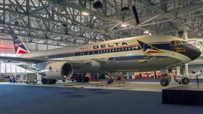 N102DA - Boeing 767-232 - Delta Air Lines