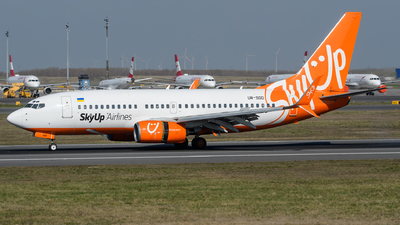 A picture of URSQD - Boeing 73773V - SkyUp Airlines - © Chris Jilli