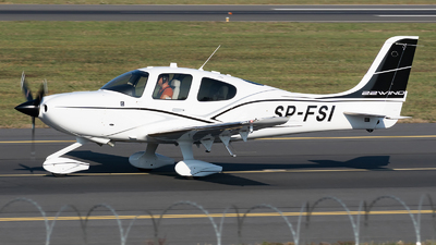SP-FSI - Cirrus SR22 - Private