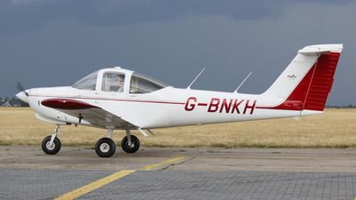G-BNKH - Piper PA-38-112 Tomahawk II - Private