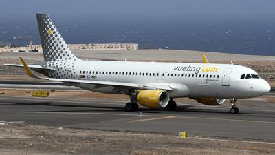 EC-MAN - Airbus A320-214 - Vueling