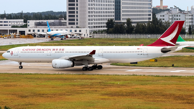 B-LAB - Airbus A330-342 - Cathay Dragon