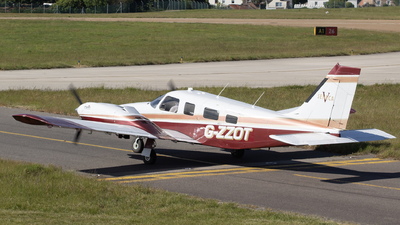G-ZZOT - Piper PA-34-220T Seneca V - Private