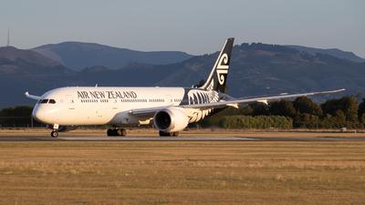 ZK-NZM - Boeing 787-9 Dreamliner - Air New Zealand