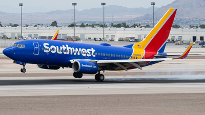 A picture of N909WN - Boeing 7377H4 - Southwest Airlines - © Drake D Kao