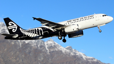 ZK-OJM - Airbus A320-232 - Air New Zealand
