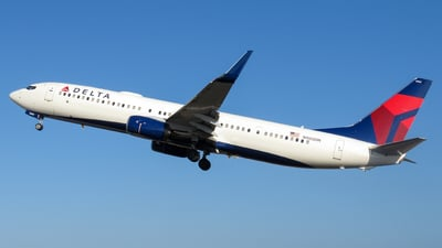 A picture of N905DN - Boeing 737932(ER) - Delta Air Lines - © Miguel Coral