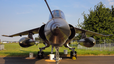 638 - Dassault Mirage F1CR - France - Air Force