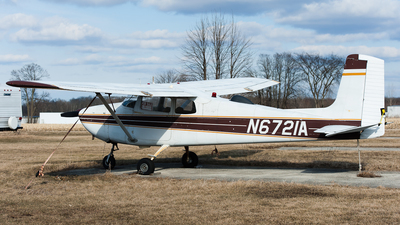 N6721A - Cessna 172 Skyhawk - Private
