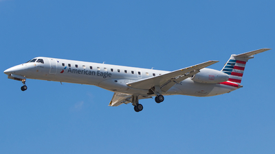 A picture of N603KC - Embraer ERJ145LR - American Airlines - © Alex I.