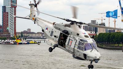 N-324 - NH Industries NH-90NFH - Netherlands - Navy