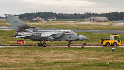 ZD848 - Panavia Tornado GR.4 - United Kingdom - Royal Air Force (RAF)