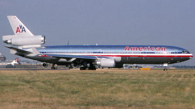 N1758B - McDonnell Douglas MD-11 - American Airlines