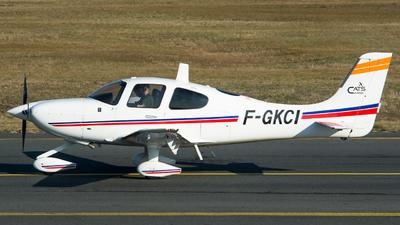 F-GKCI - Cirrus SR22 - Cassidian Aviation